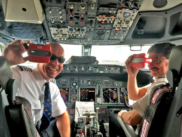 Southwest Airline Pilots Love Their Promo RetroViewers