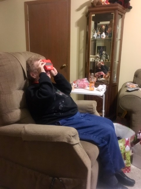 Grandma loves her RetroViewer full of memories